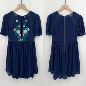 Free People Keyhole Embroidered Flowy Dress Size 4